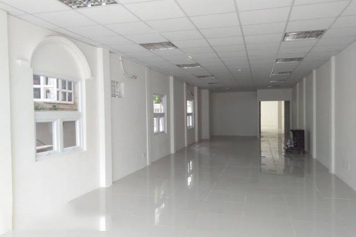 Bright Office on Vo Van Tan street , district 3 for rent.