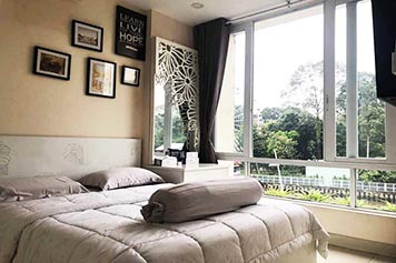 Canal view serviced apartment for rent in Binh Thanh District