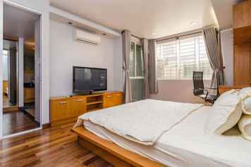 Cozy serviced apartment for rent in Hoang Sa street Tan Binh district .
