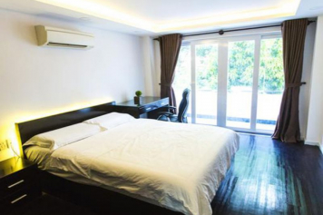 Elegant service apartment in Phu Nhuan district for rent