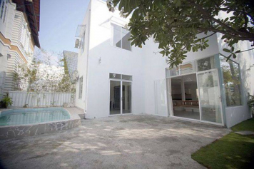 Elegant villa for lease on Tran Nao street District 2 Ho Chi Minh city