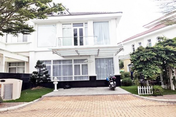 Luxury villa in Chateau Compound Phu My Hung , Ho Chi Minh city for rent