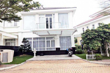Luxury villa in Chateau Compound Phu My Hung Ho Chi Minh city for rent