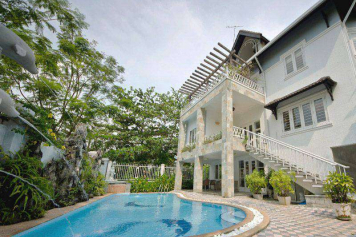 Luxury villa in Thao Dien area near Saigon river district 2 for rent