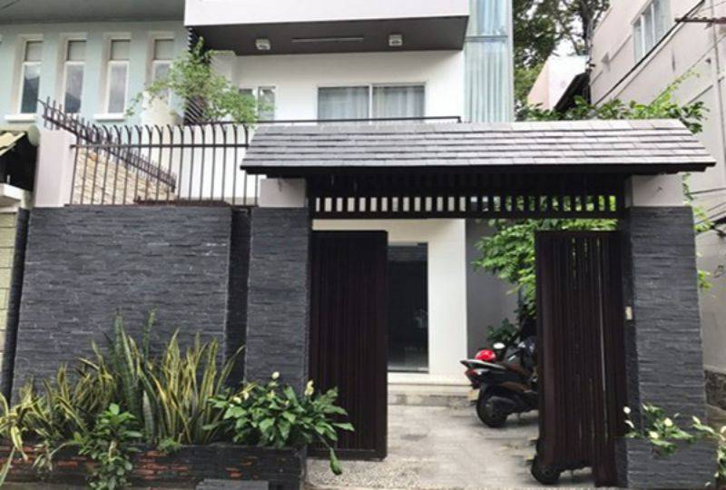 New house for rent in district 3 , Tran Quang Dieu street . Rental : 1800 USD. 1