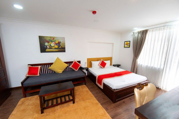 Nice serviced apartment rental in Phu Nhuan district close to the airport