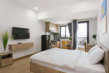 Nice studio serviced apartment on Nguyen Van Troi - Phu Nhuan for rent