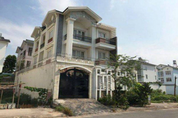 Nice villa for rent in Binh Thanh district Duong Truc street
