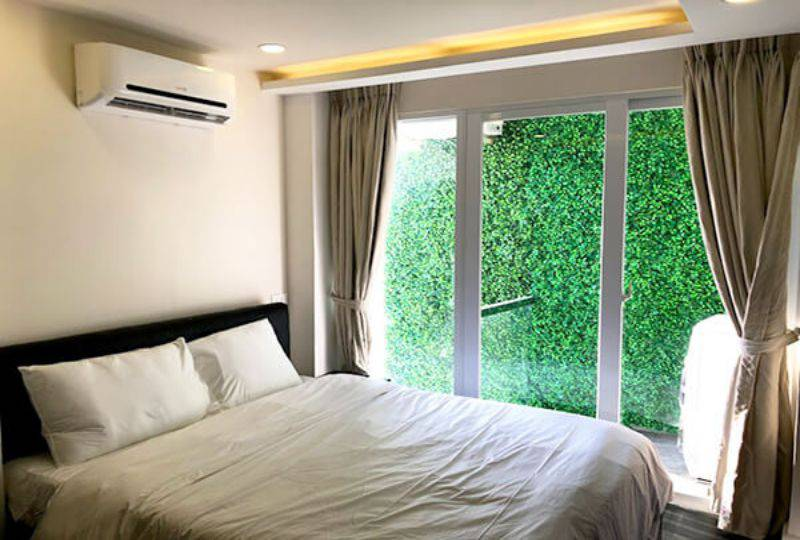 Penthouse serviced apartment for rent on Nguyen Van Troi street district 3 3