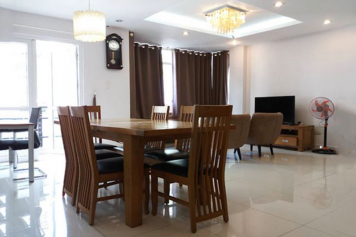 Serviced apartment for lease near the airport, at Cuu Long street Tan Binh district, HCMC.