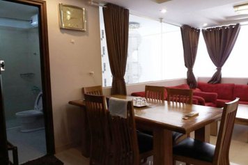 Serviced apartment for rent in Saigon, near the airport, at Cuu Long street Tan Binh district.