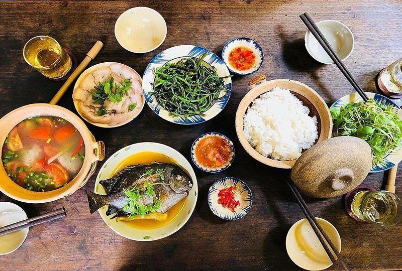 Hoa Giay Cafe & Restaurant